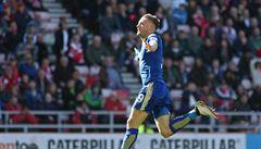 Leicester si udržel náskok 7 bodů. Ve Sunderlandu vyhrál díky dvěma gólům Vardyho