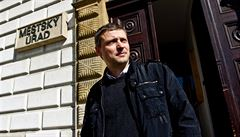 Místo Tluchoře jde do sněmovny politik, který dostal 6 let za korupci