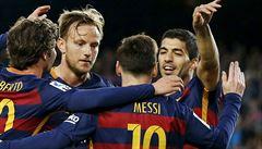 Nezastavitelný 'Kanibal' Suarez z Barcelony: dalšími čtyřmi góly sestřelil Gijón