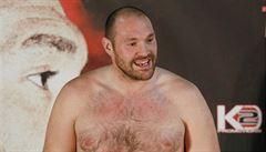 Boxer Fury se vzdal mistrovských titulů WBO a WBA, bude se soustředit na léčbu