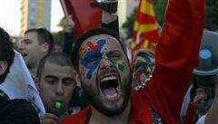 Barvy zlosti. V Makedonii protestují proti omilostnění 56 úředníků v kauze s odposlechy