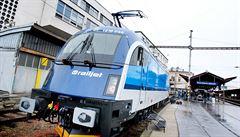 Vlaky ČD budou do Maďarska jezdit dál, omezí ale některé služby. RegioJet spojení přeruší