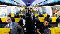 Dopravci hlásí po zavedení státních slev více cestujících v autobusech i ve vlacích