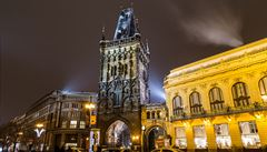 Praha si cení Prašné brány na 1 Kč. Jakou cenu mají klenoty Prahy v účetních knihách?