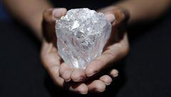 Největší diamant světa míří do aukce. Mohl by se prodat za více než 1,5 miliardy