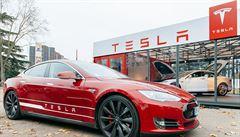 Tesla vykázala rekordní ztrátu. Za špatnými výsledky stojí start výroby Modelu 3