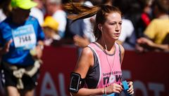 Kolapsy, úrazy končetin a křeče. Pražští záchranáři ošetřili při maratonu 93 lidí