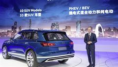 Cesta z krize je nabitá elektřinou. VW představí 20 aut s dobíjením ze zásuvky
