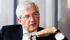 Banky se budou muset znárodnit, tvrdí nejdéle sloužící český bankéř