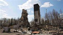 4eb223f1528 Kvůli požáru v Kanadě opouštějí ropná pole stovky pracovníků