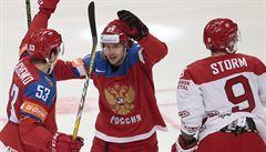 První desítka šampionátu. Rusové zostudili Dány, zámořské celky se lehce trápily