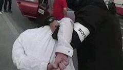 Policie překazila gamblerovi z Prahy poslední lup, zadržela jej v taxíku