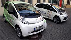 Praha chce systém 600 sdílených elektromobilů za 191 milionů. Vypíše dva tendry