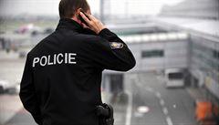 Vynášel informace ke kauze ŘSD. Inspekce elitního detektiva obvinila
