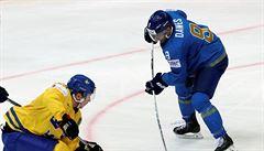 'Hrát v Kazachstánu? Co jste hulil?' ptal se útočník z NHL. Pak se nechal koupit