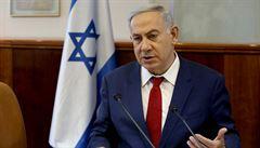 Izraelský premiér Netanjahu může jít před soud. Je podezřelý z korupce