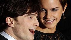 Emma Watsonová líbá jako zvíře, vzpomíná Daniel Radcliffe