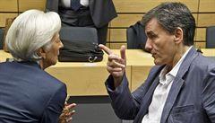 Řecko zvyšuje daně, ale vybírá jich přitom stále méně, konstatuje MMF