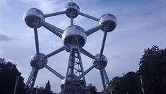 Brusel. Cihlové město plné vojáků a hranolek