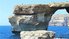 Azurové okno na Maltě už neuvidíte, ale tyto krásy ano. 10 míst, která brzo zmizí