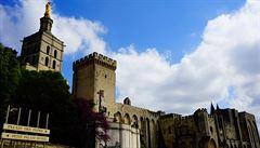 Úchvatná gotická exploze z pokladnice UNESCO. V Avignonu tepe srdce Provence