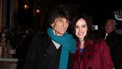 Kytarista Wood z Rolling Stones je v 68 letech opět otcem