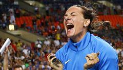'Když nemůžu závodit jako Ruska, do Ria nepojedu,' zlobí se rekordmanka Isinbajevová
