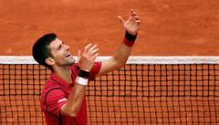 Djokovič pod koučem Agassim vykročil úspěšně za obhajobou, dál jde i Nadal