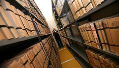 Archivy se otevírají veřejnosti. Své dokumenty nabídne i Karlova univerzita