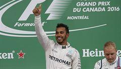 Hamilton ovládl Kanadu a stáhl náskok lídra šampionátu Rosberga