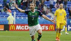 Za Severní Iry nastupuje hráč ze čtvrté ligy. 'Je našim nejlepším hráčem,' hájí ho trenér