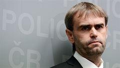 Podle Šlachty je ÚOOZ likvidován kvůli kauze policejních úniků