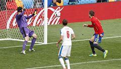 Lafata se přiznal: Piqué byl můj hráč. Vinu za inkasovaný gól od Španělů nesu já
