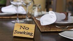 Protikuřácký zákon si v Anglii pochvalují. Počet kuřáků poklesl i mezi mladými