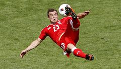 Nejparádnější góly Eura. Byla Shakiriho trefa lepší než ta Poborského?