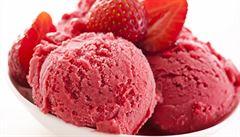 Jen ovoce a ořechy. Jak si připravit domácí raw zmrzliny?