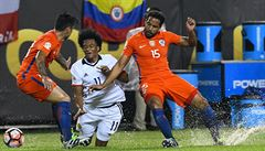 Fotbalisté Chile porazili Kolumbii a ve finále Copy se opět utkají s Argentinou