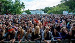 Velké kulturní akce a hudební festivaly letos nebudou. Pořadatelé mohou vstupenky nahradit vouchery
