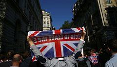 Export, turismus, zaměstnání v Británii... Jak dolehne 'tvrdý brexit' na Česko?