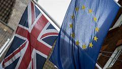 První čísla: Británie si po brexitu vede nečekaně dobře