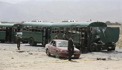 Sebevražedný útok na policejní kolonu v Kábulu: až 27 mrtvých, k odpovědnosti se hlásí Taliban