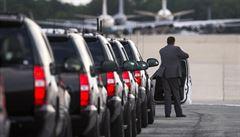 Letecká základna Andrews, domov Air Force One, byla uzavřena. Hlášení o střelci bylo ale falešné
