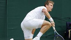 VIDEO Murray vypráskal Berdycha ve třech setech, zraněný Federer nestačil na Raoniče