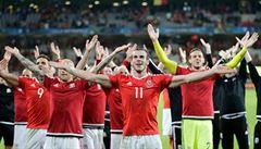 Anglické noviny se vysmívaly fotbalistům Walesu a přály si jejich demolici