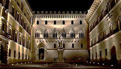 Italský 'pukavec' děsí ekonomiku Evropy. Tamní banky přetékají špatnými úvěry