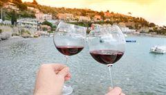 SOMELIÉR: Manuál na dovolenou aneb jaké víno ochutnat v Itálii či Chorvatsku?