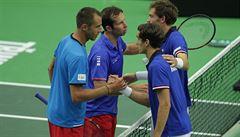 Davis Cup: Češi v pěti setech padli se světovými jedničkami. Francouzi vedou 2:1