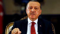 Turecké úřady vydaly po zmařeném pokusu o puč zatykače na 47 novinářů