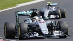 Předčil i Schumachera. Rekordman Hamilton vyhrál pátou Grand Prix v Maďarsku
