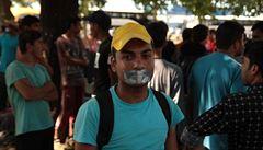 Migranti z Iráku a Sýrie ilegálně překročili hranice. Maďarský soud je odsoudil
